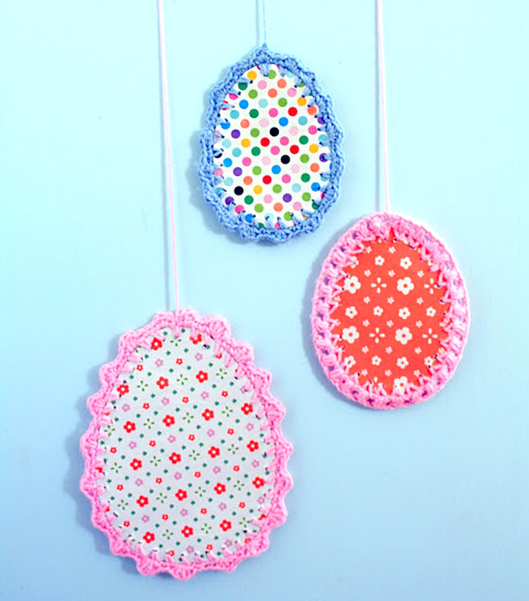 Crocheted Edged Easter Egg Paper Project