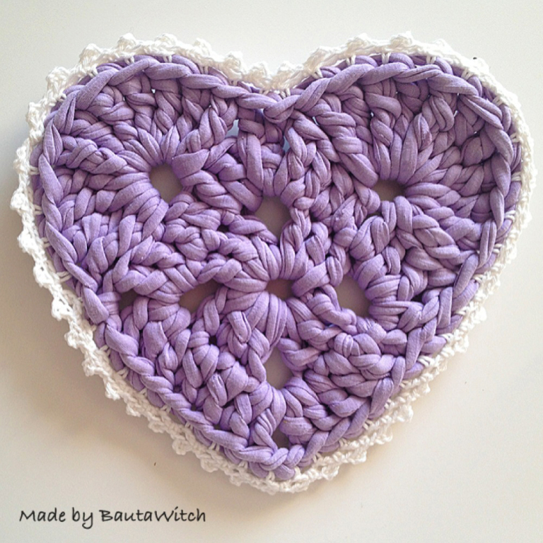 Heart Shaped Crochet Cozy Pattern